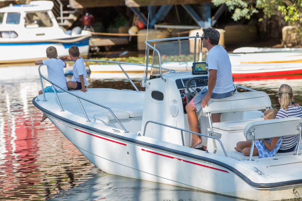 family boat buying guide